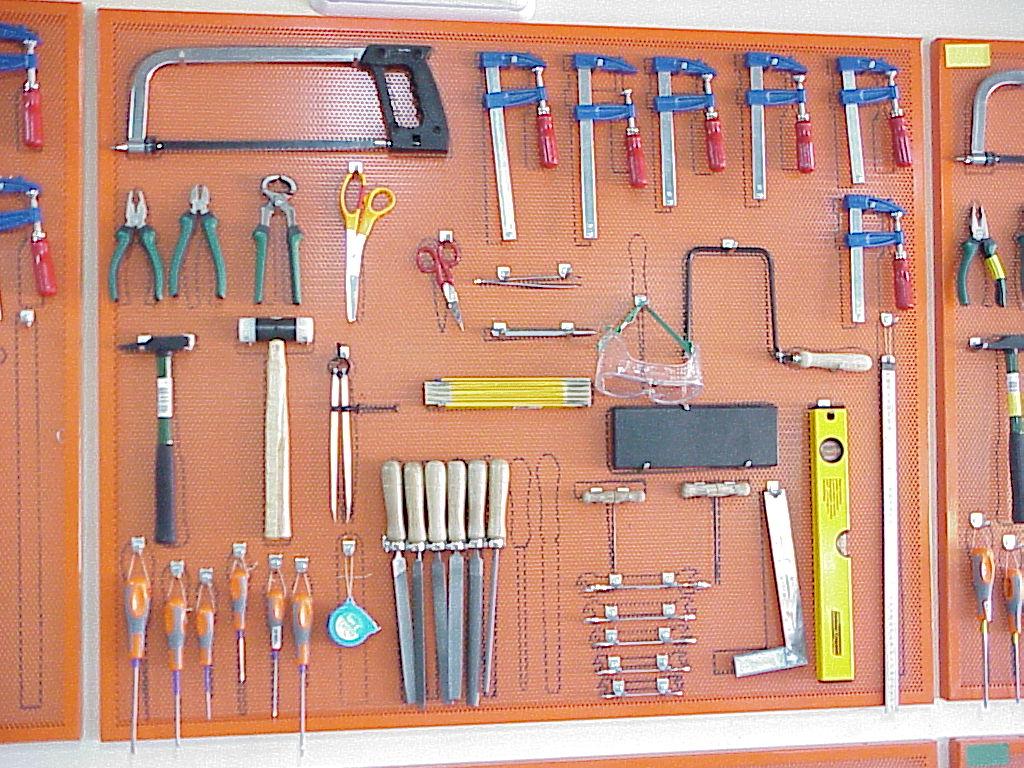 Herramientas del taller de tecnolog a - El taller de pinero ...